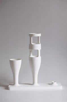 Composable Vase  8 pieces Polyurethane Variable dimensions  Prototype developed with the help of a grant from the Fonds d'Incitation à la Création, Délégation aux Arts Plastiques Néotu Gallery, France Then Cappellini, Italy (1998)
