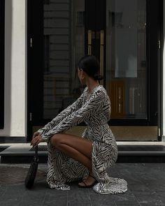 Zara Europe, Minimalist Fashion, Minimalist Style, Different Styles, Chic, Sweaters, Clothes, Instagram, Dresses
