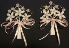 Ingrid Wells | shell craft Shell Flowers, Beach Flowers, Seashell Art, Seashell Crafts, Shell Ornaments, Outdoor Crafts, Beach Ideas, Seashells, Wells