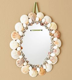DIY Ideas With Sea Shells - Seashell Mirror - Best Cute Sea Shell Crafts for Adults and Kids - Easy Seashell Frame, Seashell Art, Seashell Crafts, Beach Crafts, Diy And Crafts, Arts And Crafts, Beach Themed Crafts, Mermaid Crafts, Unicorn Crafts