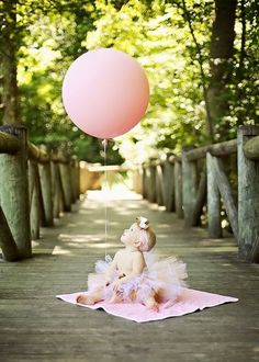 22 Fun Ideas For Your Baby Girls First Birthday Photo Shoot Gkids