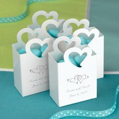 Mini Tote Wedding Favor Box with Heart Handle | #exclusivelyweddings