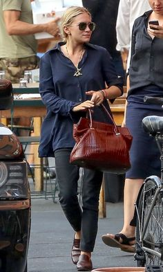 Ashley Olsen Steps Out In A Sophisticated Casual Outfit | Olsens Anonymous | Bloglovin'
