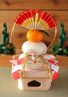 Kagami mochi - japanese new year's item.  So stoked for new year's, family & food!