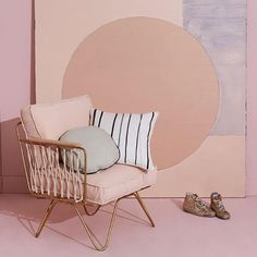 Preciously Me blog : Coup de Coeur Honoré Déco - Pink Croisette armchair