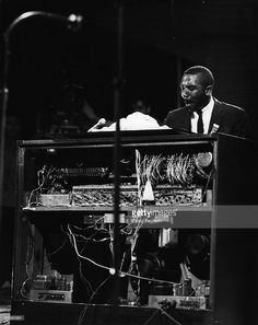 Photo of HAMMOND ORGAN and Jimmy SMITH; performing live onstage, playing Hammond Organ A-100 model, Hammond Organ, The Hammond, Jimmy Smith, Jazz Musicians, Jazz Blues, American, Musical Instruments, Keys, Musicals