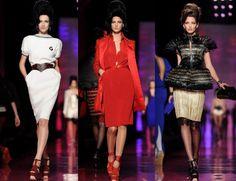por Luciana Levy.O desfile do Jean Paul Gaultier no Haute Couture SS 2012 de Paris teve como inspiração uma musa inesperada. Desde o cabelo colmeia e o olho de gato até a pinta sobre os lábios e o carão das modelos, Gaultier lembrou o aniversário de seis meses da morte de Amy Winehouse com uma […]