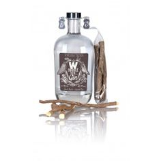 Wilderen Double You Gin: Deze gin bevat 21 botanicals. De proporties zijn geheim :-) Op de fles siert de vleugel van een engel en de de vleugel van de duivel. De engel staat voor welbewust en de duivel uiteraard voor de verleiding. Volgens de distilleerders een verwijzing naar de perfecte balans in de gin.