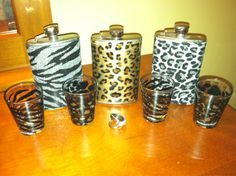 .i got the cheetah shot glass and zebra flask but my flask is pink and black zebra :)