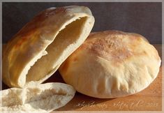 Gyro Pita, Bread Dough Recipe, Recipies, Snack Recipes, Chips, Food And Drink, Baking, Gastronomia, Cooking
