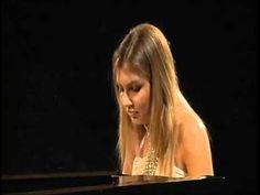 Vanessa Benelli Mosell in Préludes Op 11 No 6,10,13,14 di Alexander Scr...