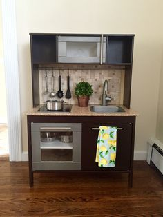 IKEA duktig kitchen hack! DIY play kitchen                              …
