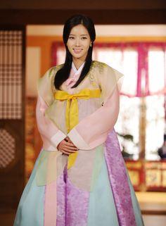New Tales of Gisaeng (2011 Drama)--Pretty Im Soo Hyang @ press conference