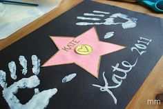 Hollywood star walk craft-I love this! Every kid that comes to our playroom can have a star!