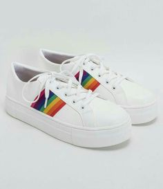 Gay Outfit, Pride Outfit, Vans Shoes, Shoes Sneakers, Sneakers Fashion, Fashion Shoes, Pride Shoes, Moda Sneakers, Rainbow Shoes