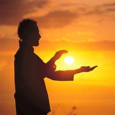 Leon #Chiu #GOLDEN #SUN  #GLOWS #SunLiGht  #BENDER  <3