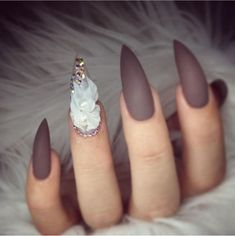 Almond shaped nails wit brown gel polish, matte top coat, and sculpted flower with pearls! beautiful nails done by dedicated to promoting Coffin Shape Nails, 3d Nails, Stiletto Nails, Nails Shape, 3d Nail Designs, Fall Nail Art Designs, 3d Flower Nails, Almond Shape Nails, Super Nails