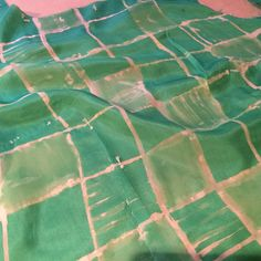 Bleaching silk with discharge paste. by fabrickated
