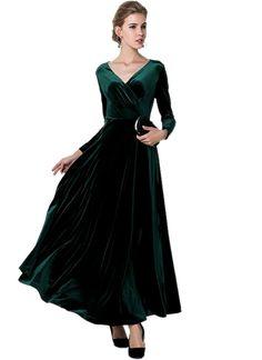Medeshe Women s Emerald Green Christmas Long Velvet Maxi Dress at Amazon  Women s Clothing store  264aca8b7