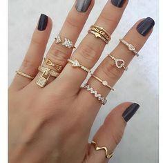 Account Suspended - Ringe der Phalanx - ring boho fashion for teens vintage wedding couple schmuck verlobung hochzeit ring Diy Jewelry Rings, Diy Jewelry Projects, Cute Jewelry, Jewelry Accessories, Jewelry Design, Jewelry Ideas, Diy Jewellery, Girls Jewelry, Jewellery Making