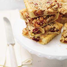 Tarte gâteau aux fruits Nut Tart Recipe, Tart Recipes, Dessert Recipes, Cooking Recipes, Xmas Food, Christmas Baking, Christmas Goodies, Christmas Recipes, Christmas Ideas