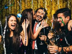 How to plan an unforgettable office Christmas party – 10 tips from a professional.