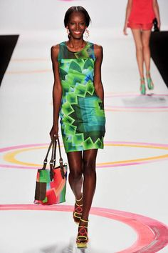 DESIGUAL SPRING 2014 READY-TO-WEAR COLLECTION