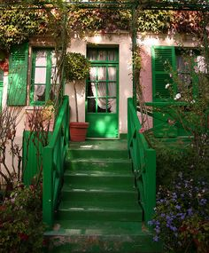Claude Monet's house in Giverny, France~Image © Camille (Flickr)