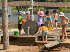 photos on the subject of water play Kids Outdoor Playground, Water Playground, Natural Playground, Outdoor Learning Spaces, Outdoor Play Areas, Water Play For Kids, Kids Play Equipment, Kids Play Spaces, Outdoor Classroom