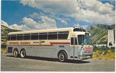 Continental Trailways Silver Eagle Bus.    Model 05 variant, if I'm not mistaken.  Circa '68