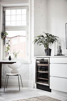 Post: Lámpara de plumas en la cocina --> blog decoración nórdica, cocinas…