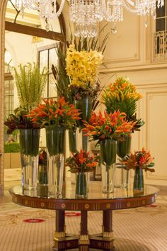 Good morning NYC!! Check out this weeks arrangement in the lobby of the Plaza Hotel!!  #Gramercy #Dumbo #Flowers #NYC