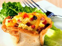 Cheezy Pizza Breakfast Toast Cups