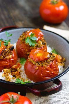 Tomates farcies vegan facile Veggie Recipes, My Recipes, Healthy Recipes, Canned Blueberries, Vegan Scones, Scones Ingredients, Gluten Free Flour Mix, Vegan Blueberry, Natural Kitchen