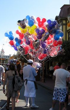 Celebrating a Birthday at Walt Disney World ~ Walt Disney World Hints