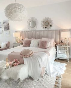 Bedroom Decor For Teen Girls, Cute Bedroom Ideas, Room Ideas Bedroom, Home Decor Bedroom, Girls Bedroom Ideas Teenagers, Blush Bedroom Decor, Cute Girls Bedrooms, Teenage Girl Bedroom Designs, Shabby Bedroom