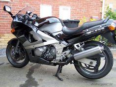 1998 Kawasaki ZZR 600 / ZX6