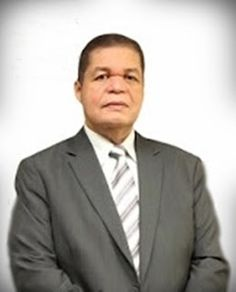 Eliseu Antonio Gomes: Pastor Carlos Roberto Silva, criador e editor do b...