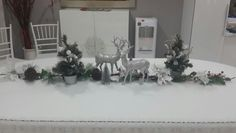 Dining table for christmas #homedecoration #christmasdecoration #christmasdecor #tabledecor #silverdecor