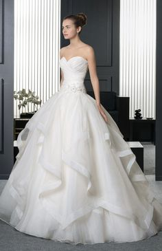 36 Most Stunning Wedding Dresses of 2015