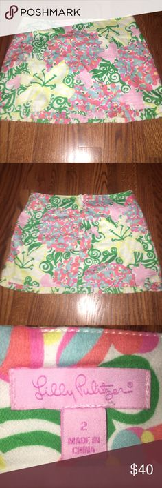 Lilly Pulitzer Skirt🌺 Super cute Lilly Pulitzer Skirt! Please feel free to make offers! Willing to trade but mostly looking to sell! Lilly Pulitzer Skirts