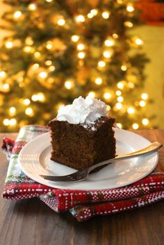 Ginger Cinnamon Cake – Cheap Authentic Dinner Recipe For Family Christmas Party - DIY Craft Making Whipped Cream, Coconut Whipped Cream, Almond Butter, Ginger And Cinnamon, Cinnamon Cake, Nutella, Holiday Desserts, Holiday Decorations, Christmas Recipes