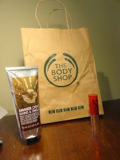 Clothes & Dreams: #Event: The Body Shop VIP Night hand cream and lip stick