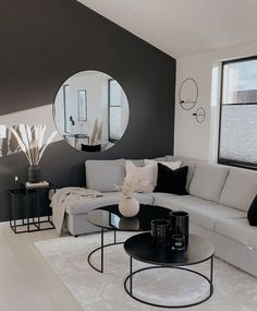 Decor Home Living Room, Home Bedroom, Home And Living, Living Room Designs, Black And White Living Room, Apartment Interior Design, Home Room Design, Living Room Inspiration, House Rooms