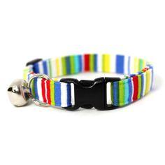 Perfect for summer!! Deckchair Stripe Breakaway Cat Collar. $9.50, via Etsy.