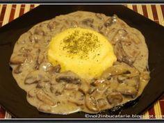 Ciulama de ciuperci Romanian Food, Vegetarian Recipes, Good Food, Pork, Meals, Dinner, Cooking, Breakfast, Camden