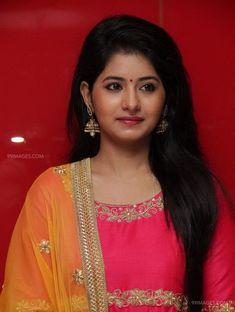 Reshmi Menon Beautiful HD Photoshoot Stills & Mobile Wallpapers HD Hd Wallpapers For Mobile, Mobile Wallpaper, Hd Photos, Cover Photos, Reshmi Menon, Tamil Movies Online, Facebook Profile Picture, Indian Hairstyles, Photo Wallpaper