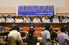 El país camina con pies firmes hacia la paz: Santos