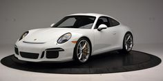 """Porsche Is Possibly Working on a Regular Production """"911 R"""""""