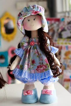 Artes e Ideas Bjd Doll, Doll Toys, Baby Dolls, Doll Clothes Patterns, Doll Patterns, Sewing Dolls, Waldorf Dolls, Soft Dolls, Doll Crafts